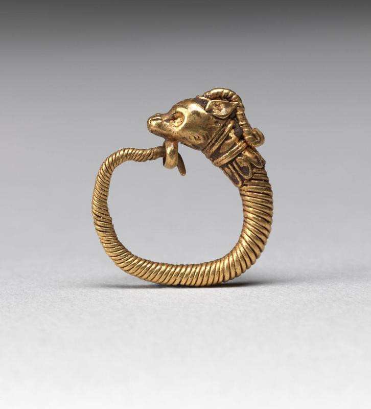 Earring with ram's head