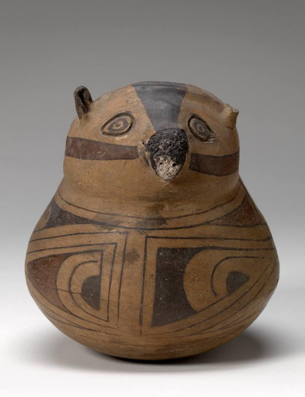 Bowl with effigy of animal head
