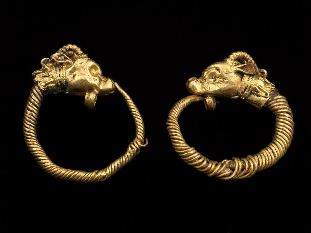 Antelope Head Hoop Earrings