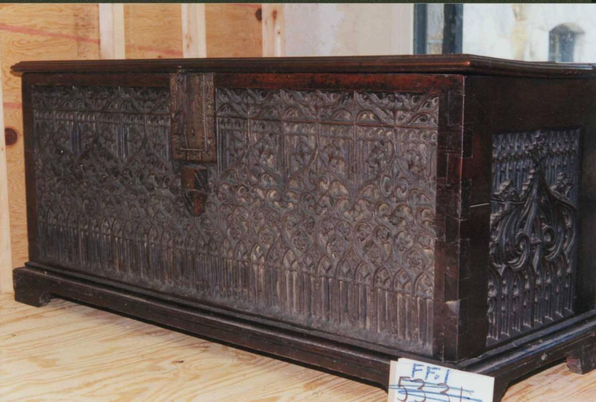 Gothic Chest or Coffre