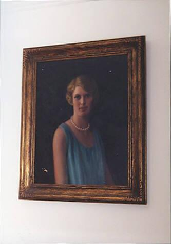 Portrait of a woman in green dress