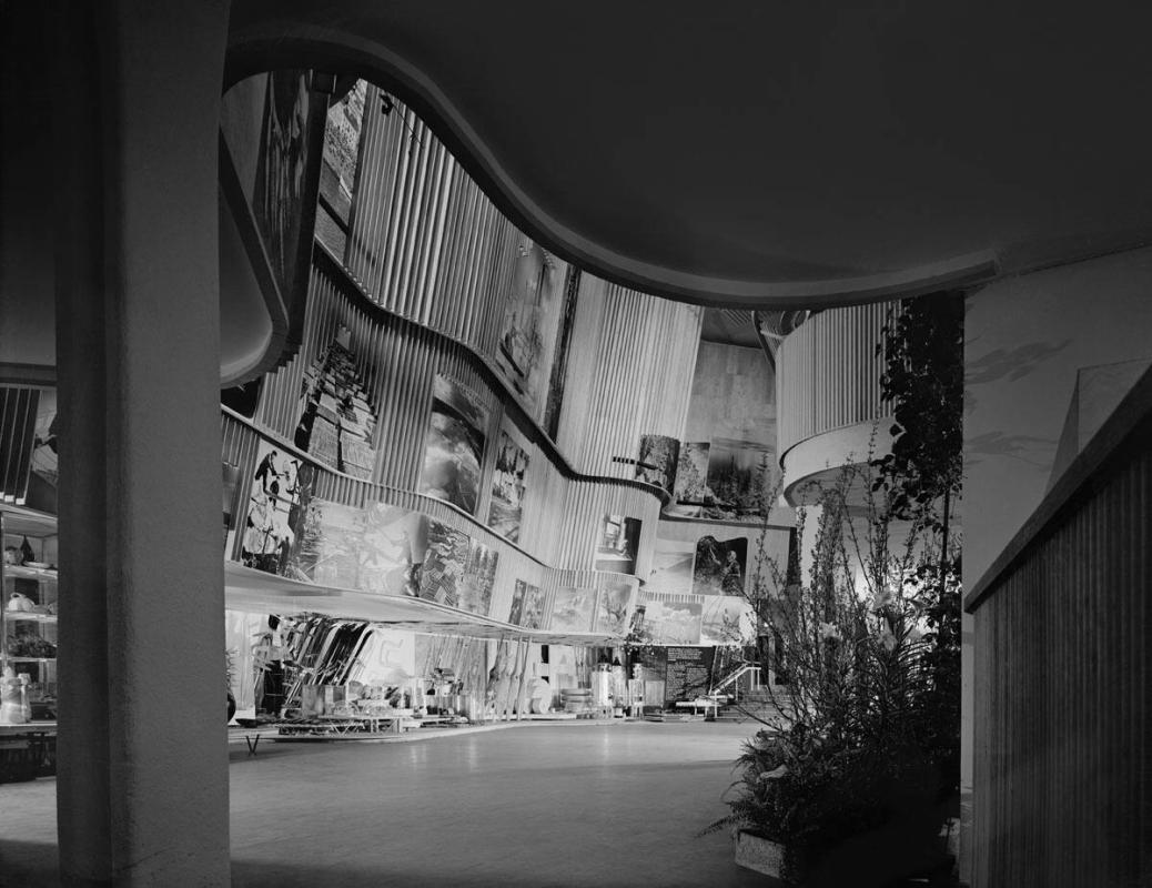 "Alvar Aalto, Finnish Pavilion at 1939 World's Fair (from ""Modern Architecture: Photographs by Ezra Stoller, Palm Press, Inc."")"