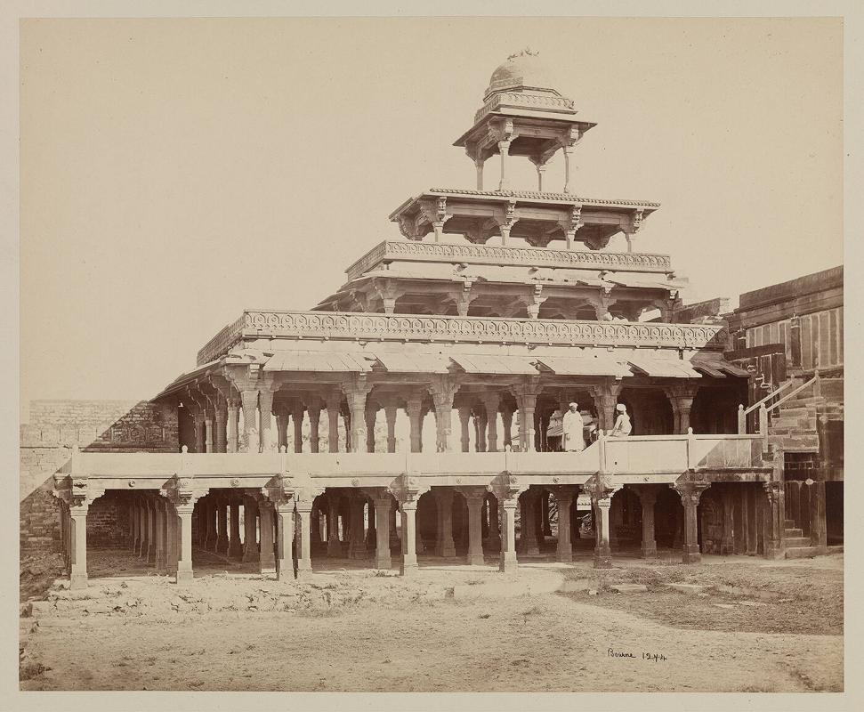 The Panch Mahal, (Five Palaces), Fatehpur Sikri, Agra
