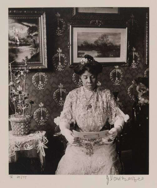 "Miss Suzie Porter, Harlem (from ""Eighteen Photographs"")"